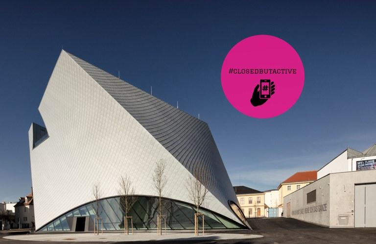Entsprechend dem Erlass der Österreichischen Bundesregierung bleiben die Institutionen der Kunstmeile Krems Betriebs GmbH als Schutzmaßnahme zur Eindämmung des Coronavirus bis auf Weiteres geschlossen. Mit einem umfangreichen digitalen Angebot öffnen die Museen aber weiterhin Türen zu Kunst und Kultur.